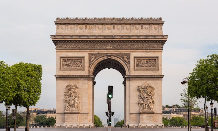 Arc de Triomphe (Shutterstock)