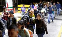 Videos of the Day: US Returns Asylum Seekers to Mexico
