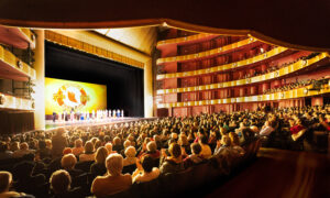 Google Steers Users to Propaganda Attacking Shen Yun Performing Arts