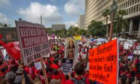 Los Angeles Teachers' Strike Talks Continue Through Holiday Weekend