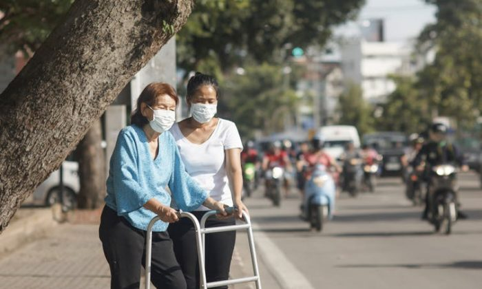 Long-term exposure to air pollution was linked to cognitive decline in elderly people. (Tao55/ Shutterstock)