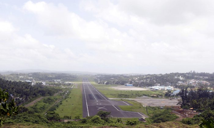 A general view of the runway controlled by the Indian military is pictured at Port Blair airport in Andaman and Nicobar Islands, India on July 4, 2015. (Sanjeev Miglani/Reuters)