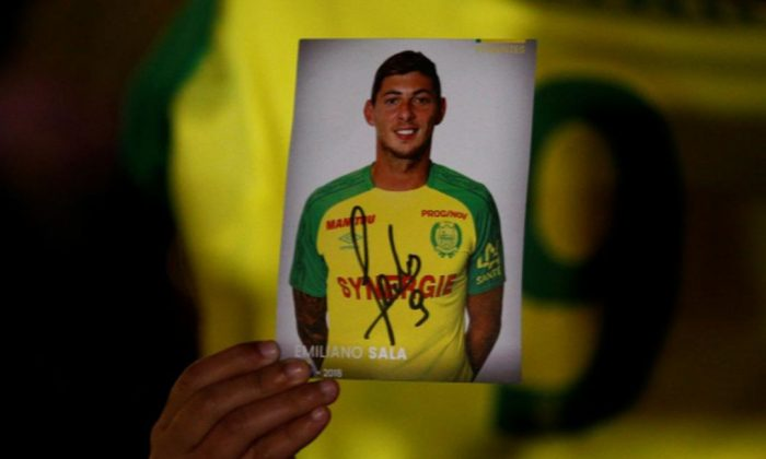 Officials in the United Kingdom said there is likely no chance that Premier League soccer player Emiliano Sala would be found alive. (Stephane Mabe /Reuters)