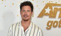 Golden Buzzer Winner Michael Ketterer Moves AGT's Simon to Tears