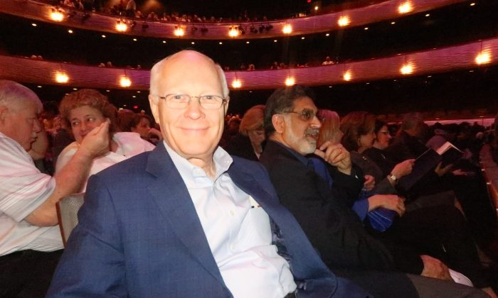 Shen Yun Spreads Message of Hope in Dallas
