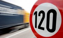 Germans Favor Speed Limits for Autobahn