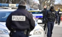 Armed Gang Snatches Prisoner in Southern France