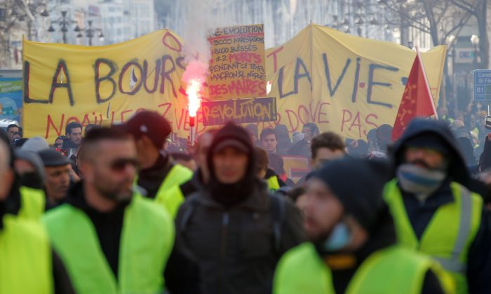 Protesters wearing yellow vests in a demonstration in Marseille, France, on Jan. 26, 2019. (Reuters/Jean-Paul Pelissier/File Photo)
