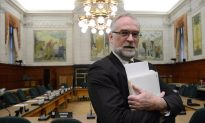Federal Auditor General Michael Ferguson Dies of Cancer, Surrounded by Family