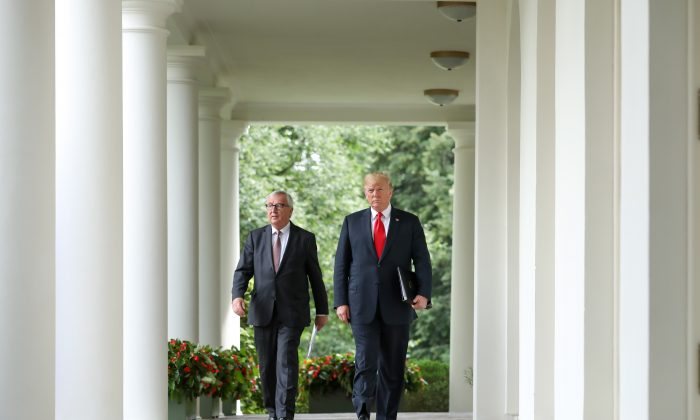 President Donald Trump meets with President of the European Commission Jean-Claude Juncker in the Rose Garden of the White House in Washington on July 25, 2018. (Samira Bouaou/The Epoch Times)