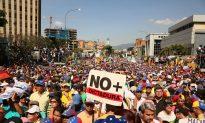Venezuelan Opposition Continues to Gather Momentum