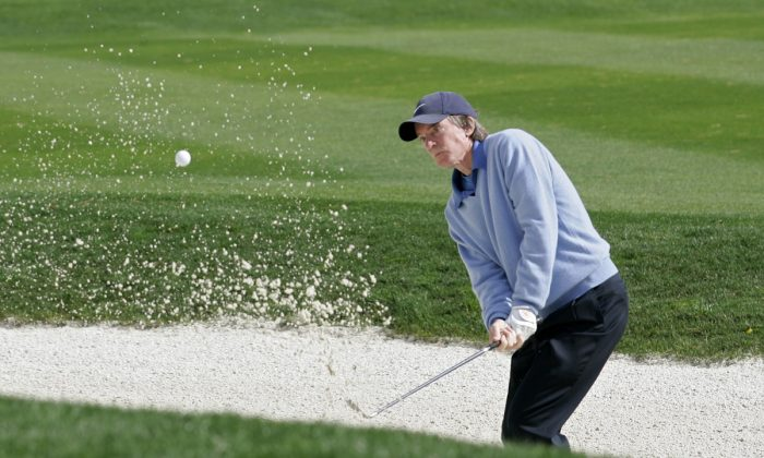 Bill Gross during the fourth round of the AT&T Pebble Beach National Pro-Am on the Pebble Beach Golf Course, on Feb. 11, 2007. (Michael Cohen/Getty Images)