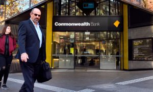 Internet Outages Hit Australian Lenders, Central Bank