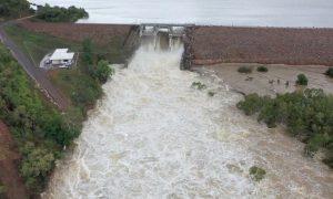 Engineers Investigate Victoria Dam Leak