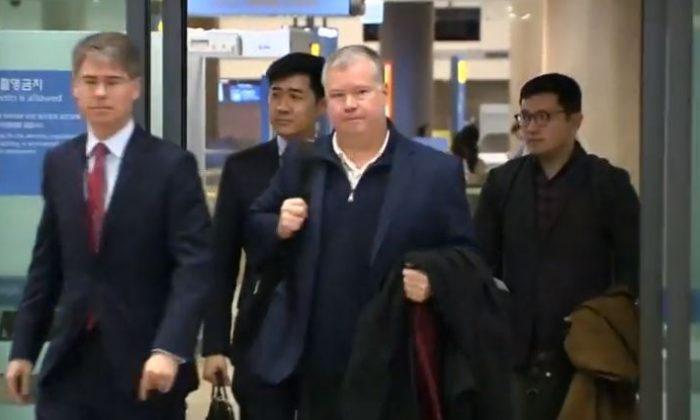 Stephen Biegun arriving at Incheon International Airport on Feb. 3, 2019. (Screenshot/Reuters)