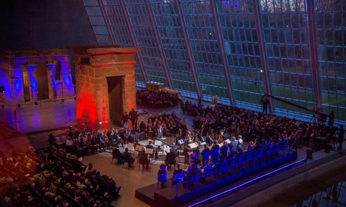 """The Handel and Haydn Society performs Monteverdi's """"Vespers"""" at the Temple of Dendur at the Metropolitan Museum in 2017. (Stephanie Berger)"""