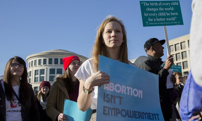 Rachel Garfield, Washington DC, student at Catholic University of America at the 45th Annual March for Life rally in Washington on Jan. 19, 2018. (Samira Bouaou/The Epoch Times)