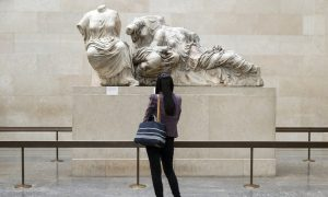 Art Psychotherapy Can Help People Explore Themselves Through Museum Exhibits