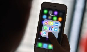 Don't Panic: How Parents Can Deal With Internet Hoaxes