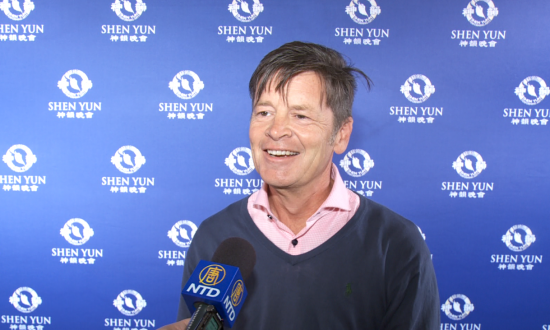 Shen Yun Has 'A beautiful way of telling a story' State Minister Says