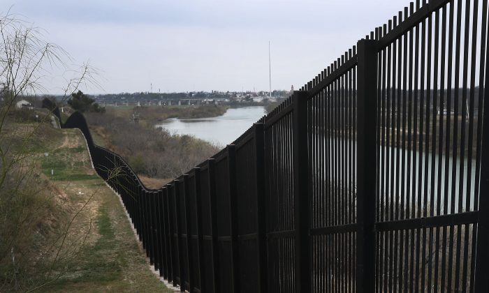 A border fence is seen near the Rio Grande which marks the boundary between Mexico and the United States in Eagle Pass, Tex., on Feb 9, 2019. (Joe Raedle/Getty Images)