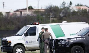 US Border Patrol: Crash Killing 7 Resulted From Human Smuggling Attempt in Texas