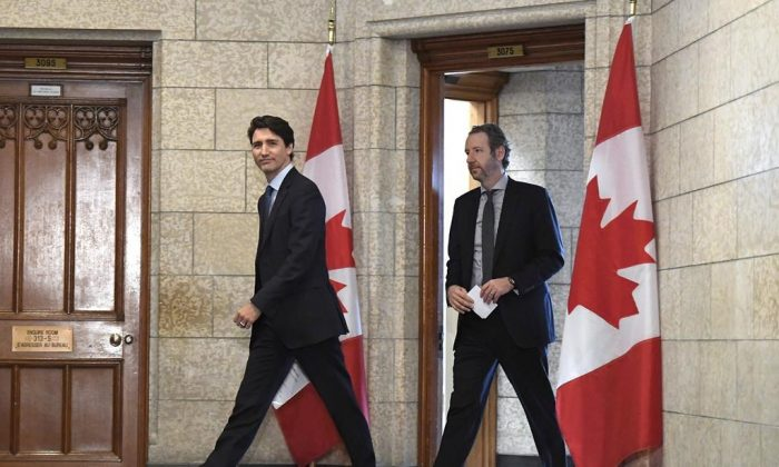 Prime Minister Justin Trudeau (L) and his principal secretary Gerald Butts. (The Canadian Press)