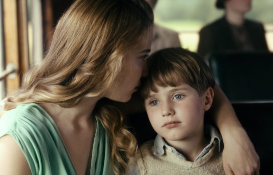 Young Kurt and his aunt, in Never Look Away