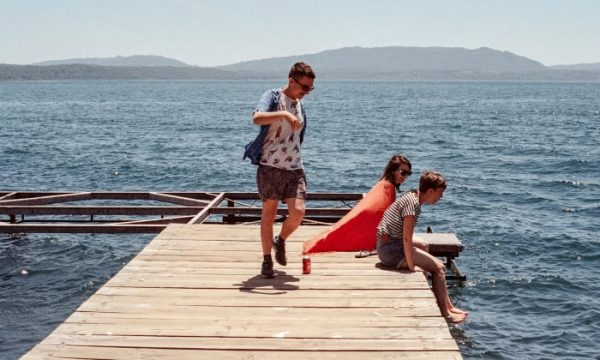 Family-on-a-dock-700x420