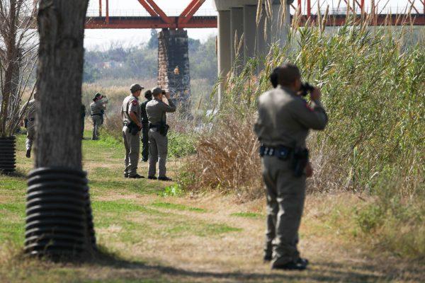 migrant caravan border security
