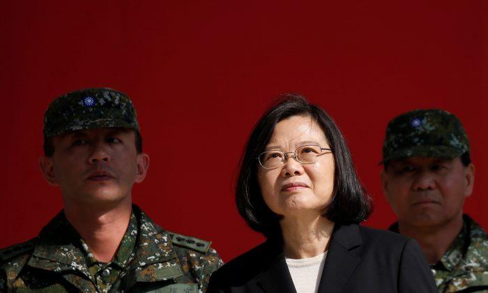 Taiwan's President Tsai Ing-wen visits the 6th Army Command in Taoyuan, Taiwan on Jan. 25, 2019. (Tyrone Siu/Reuters)
