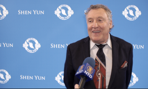 Mining CEO Say Shen Yun's Spiritual Theme 'Warms the Heart'