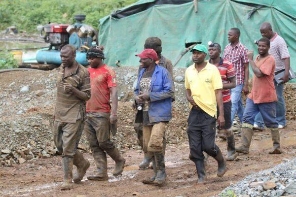 Artisinal miners in Zimbabwe