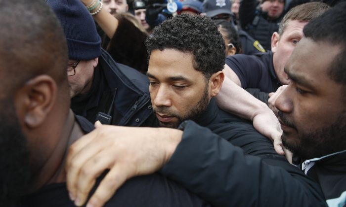 """Empire"" actor Jussie Smollett leaves Cook County jail following his release, on Feb. 21, 2019, in Chicago. (Kamil Krzaczynski/AP Photo)"