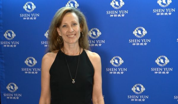 Science commentator Jo Nova saw Shen Yun at Perth's Regal Theater in Western Australia, on Feb. 21, 2019. (Victor Bernal/NTD)