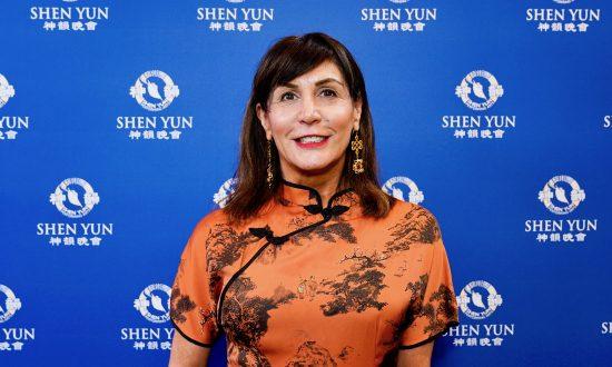 Executive Coach Astounded by Shen Yun Dancers' Energy