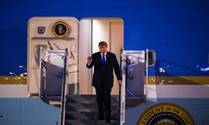 Trump Arrives in Vietnam for Second Summit With Kim