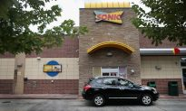 Workers at Three Sonic Drive-Ins Walk Off Job En Masse, Leave Behind Critical Note
