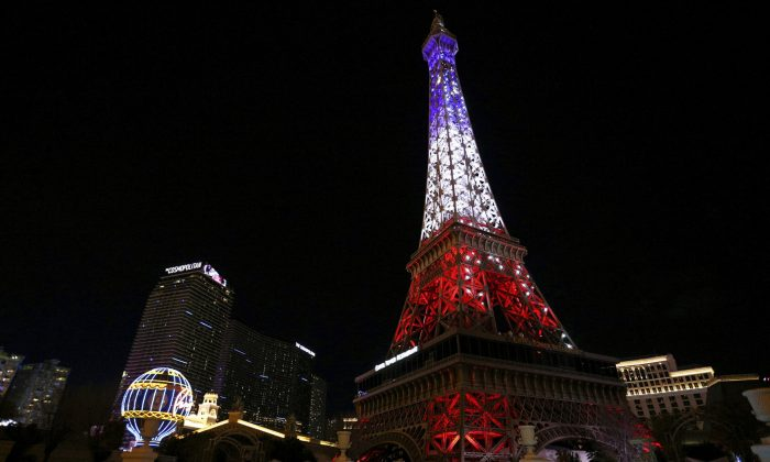 The Paris Las Vegas debuts a new Eiffel Tower light show on the Strip in Las Vegas, on Feb. 27, 2019. (Caroline Brehman/Las Vegas Review-Journal via AP)