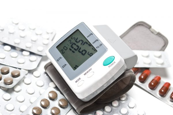 blood_pressure_monitor_and_pills