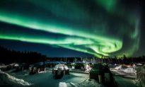 Video: Strong Northern Lights Dance in Lapland Sky