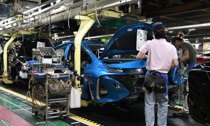 Production line at the Toyota's Tsutsumi assembly plant, Aichi prefecture.   (TOSHIFUMI KITAMURA/AFP/Getty Images)
