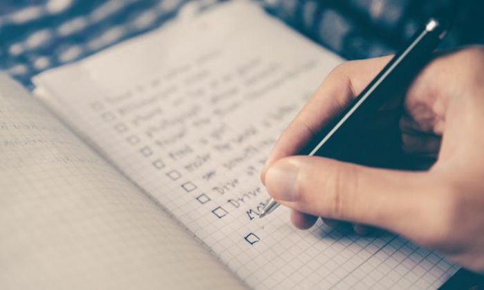 """Your heart doesn't really care what you write down when you make a """"perfect partner"""" checklist. (Glenn Carstens-Peters/Unsplash)"""