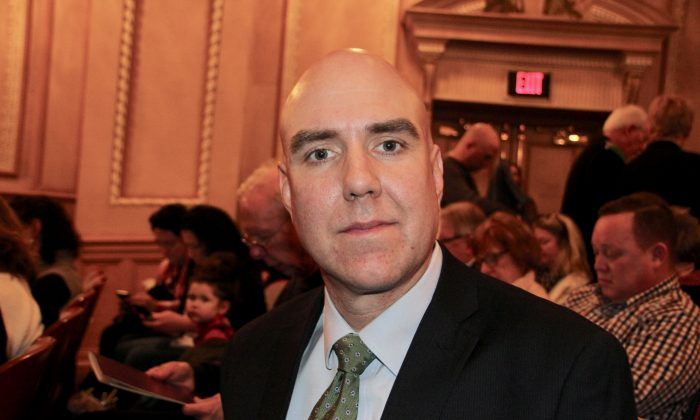 Sound Technician Says Shen Yun's Orchestra Is Impeccable
