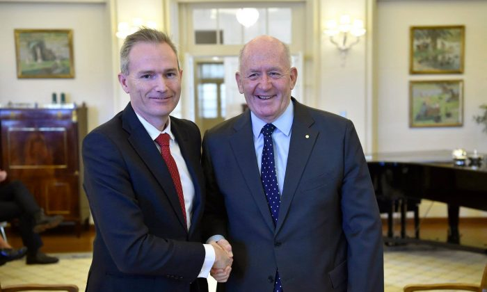Australian Minister for Immigration David Coleman (L) with Governor-General Sir Peter Cosgrove (R) in Canberra, Australia, on August 29, 2018. (David Coleman/Facebook)