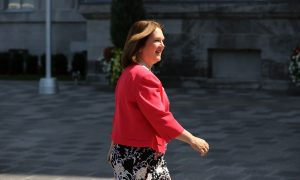 Treasury Board President Philpott Joins Jody Wilson-Raybould in Resigning From Cabinet Over SNC-Lavalin