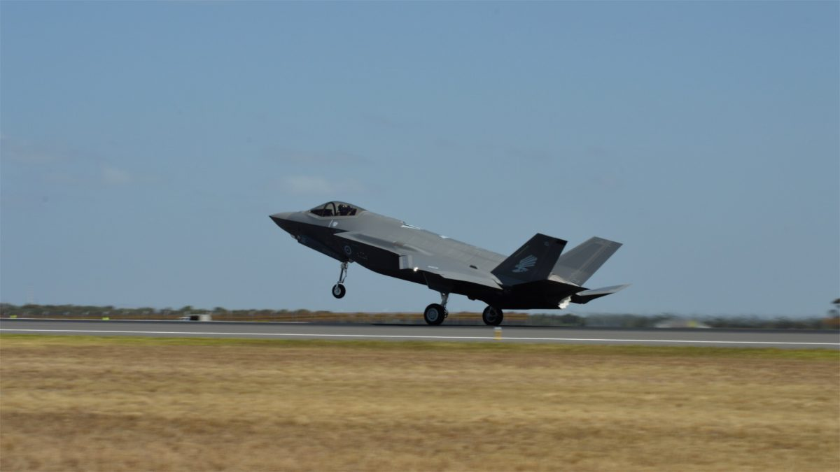 A RAAF F-35A Joint Strike Fighter takes off at Avalon Airport for the Australian International Airshow 2019 on Feb. 26, 2019. (Bowen Zhang/Epoch Times)
