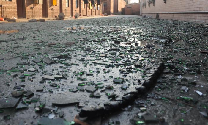 Broken glass. (VCG/VCG via Getty Images)