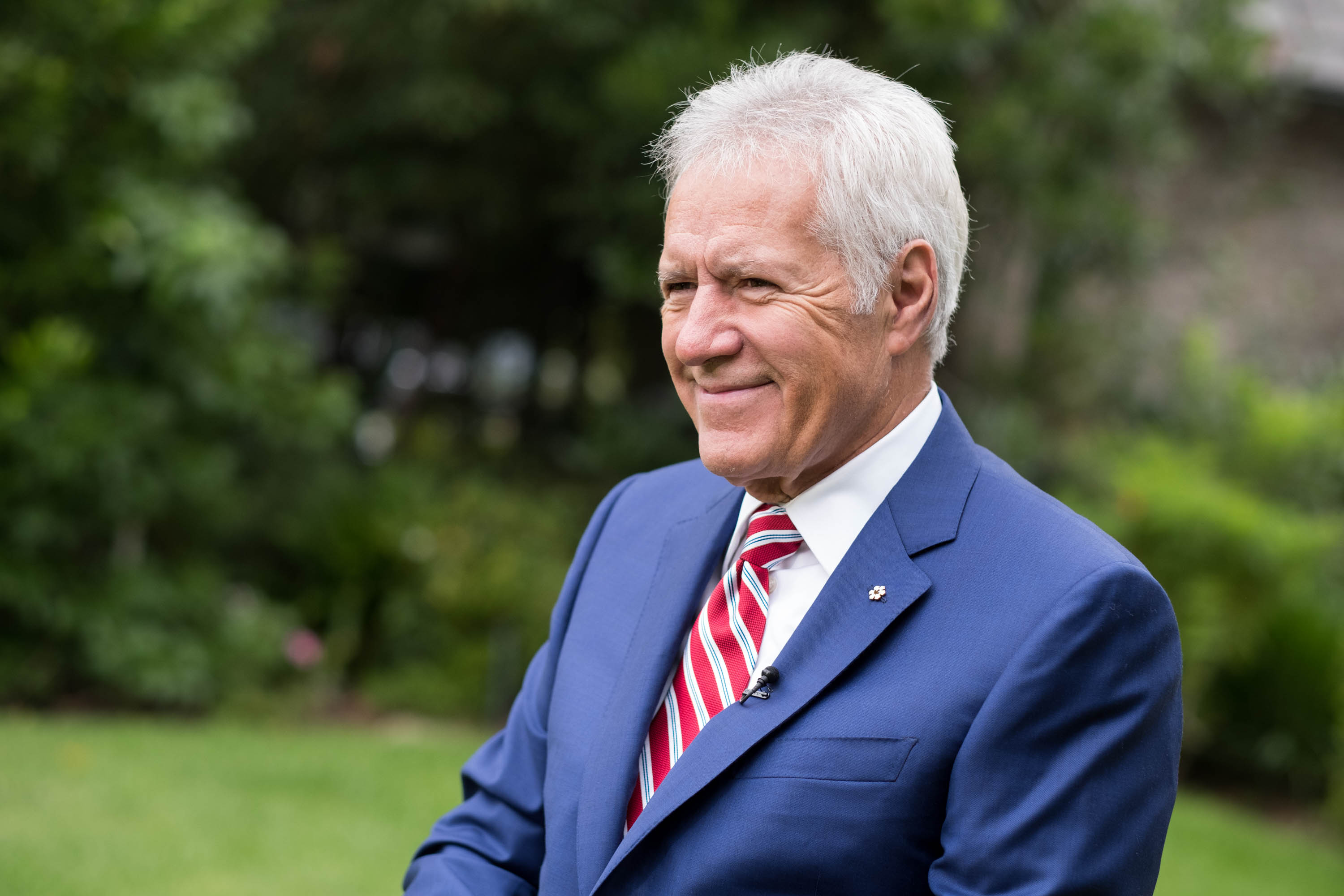 Alex Trebek Back on 'Jeopardy!' Following Cancer Treatment: 'I'm Still Here'