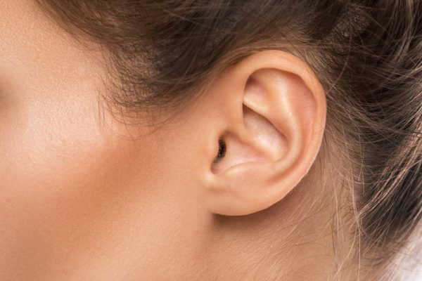 8 Things Your Ears Reveal About Your Health–What Do Earlobe